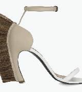 Loewe罗意威浅色皮质马鬃毛凉鞋