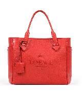 Loewe罗意威杜鹃红logo压纹手提包