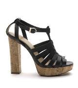 MANGO黑色皮革高跟鞋