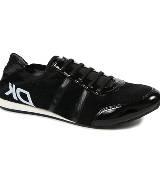 DKNY黑色印花运动鞋