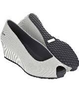 LACOSTE FOOTWEAR MARTHE系列海军帆布款楔形鞋