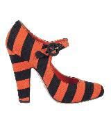 普拉达Prada橘黑色条纹高跟鞋