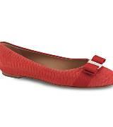 菲拉格慕(Salvatore Ferragamo)2013春夏红色鳄鱼皮平底鞋