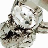 Yves Saint Laurent做旧水晶戒指