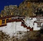 景点大全-西藏扎耶巴洞窟群